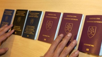 New Schengen checks may cause longer waits at passport control